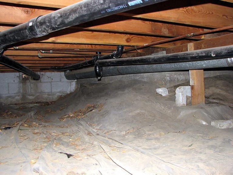 Water in crawlspace